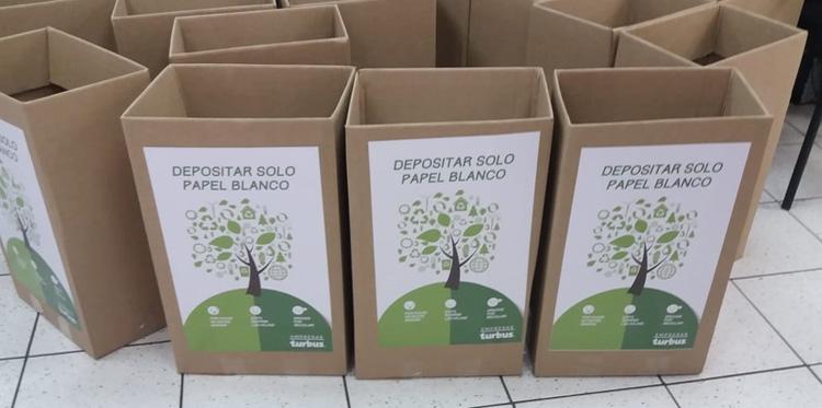 Reposición cajas de reciclaje de papel